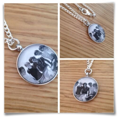 One**direction ** BOY ** BAND round necklace bw