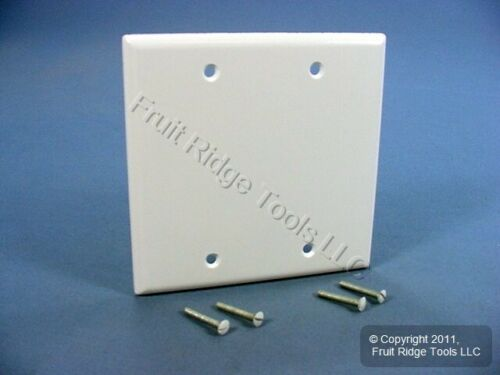 New Leviton White 2-Gang Blank Box Mount Cover Plastic Standard Wallplate 88025