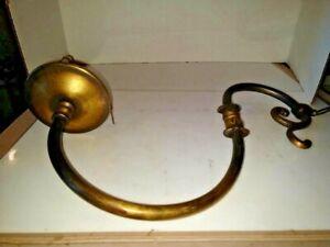 VINTAGE ART DÉCO ARTS & CRAFT Heavy Cast Laiton éclairage bras Appliques/Lampe 1900-1940