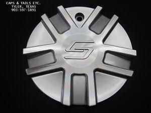 Sacchi-center-cap-Sacchi-S62-center-cap-C10262S-CAP-SACCHI-S62-NEW-silver-S62