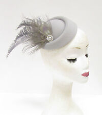 Grey Silver Feather Pillbox Hat Headpiece Races Hair Fascinator Vintage 2227