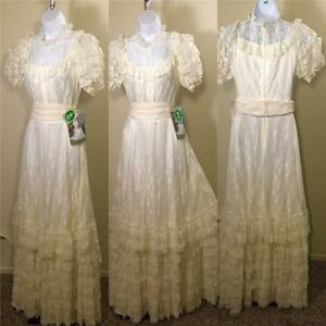Vintage-Retro-NWT-DEADSTOCK-1970s-lace-ivory-plantation-wedding-tiered-dress