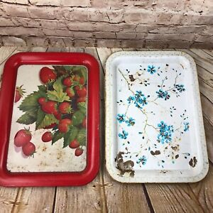 Vtg-lot-of-2-Metal-serving-trays-Mid-century-Modern-17-5-034-x-12-5-034-strawberries
