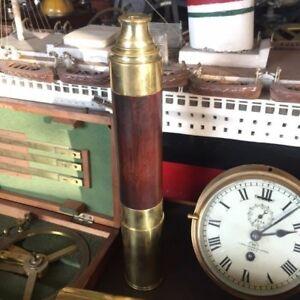 Antico cannocchiale navale in ottone con impugnatura in legno primi 900