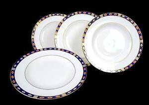 ROYAL-CROWN-DERBY-ENGLAND-KEDLESTON-IMARI-STYLE-4-PIECE-DINNER-PLATES-1986-2009