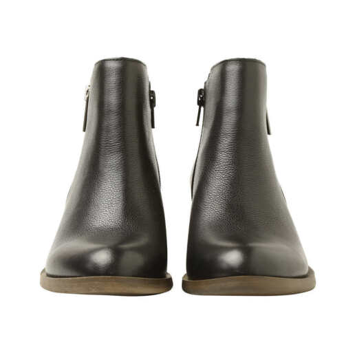 USED Kensie Women/'s Black Leather Ghita Short Ankle Boots ~ Black ~ Pick Size