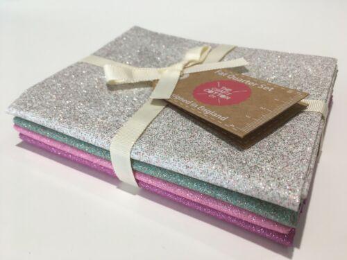 Glitter Christmas Silver Pink Green 100/% Cotton Fabric 4 Fat Quarter Bundle