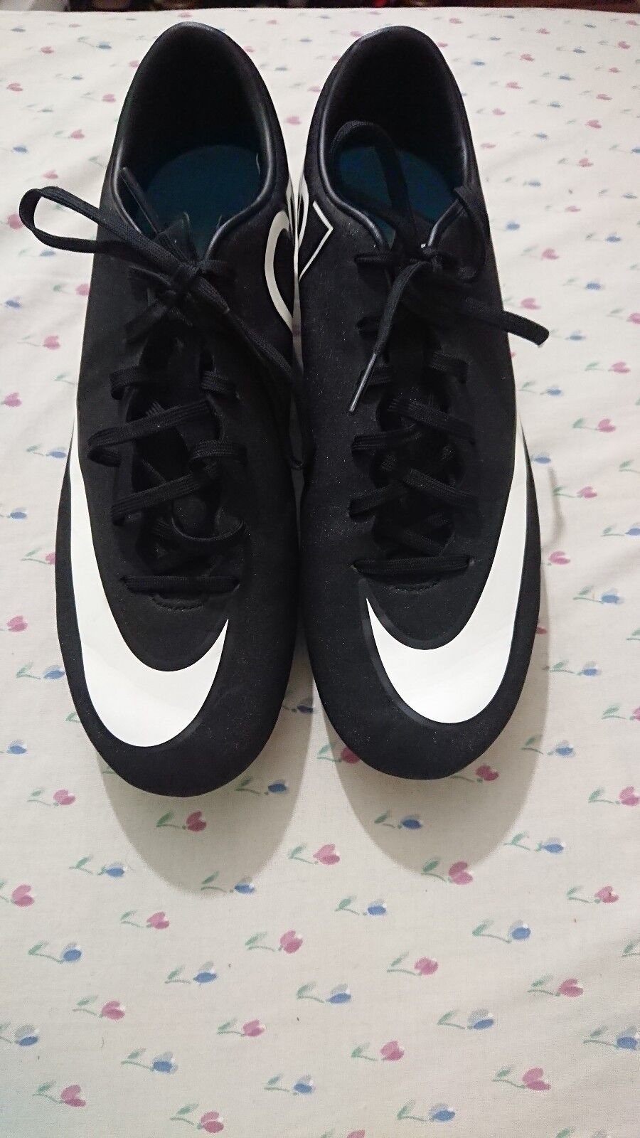NIKE Mercurial CR7 Football Boots Size 7.5