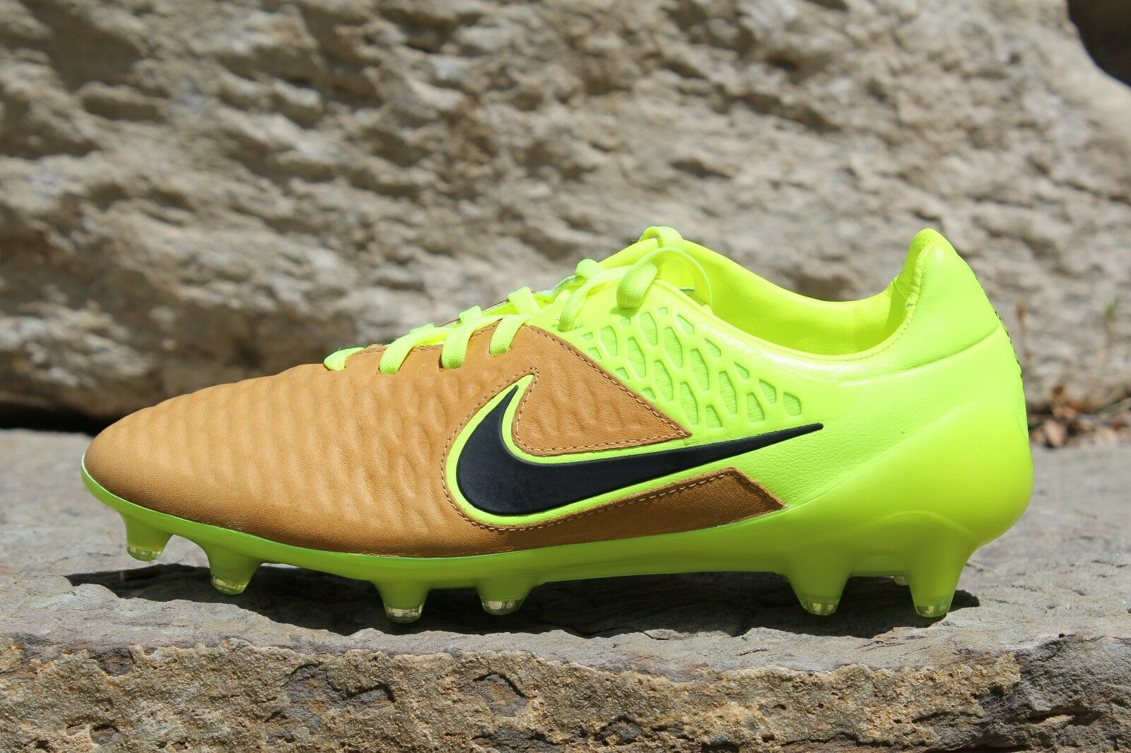 08 Mens Nike Magista Opus LTHR FG Tech Craft Soccer Cleats Volt 6.5 7 768890-707 best-selling model of the brand
