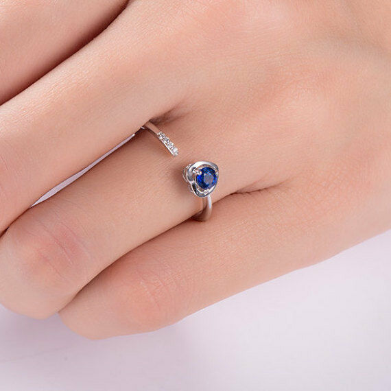 0.3ct Round Cut bluee Sapphire Engagement Ring 14k White gold Finish Open Heart