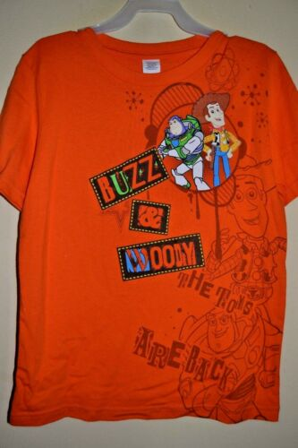 8 -LICENSED SHORT SLEEVE-NWOT TOY STORY//BUZZ /& WOODY-BOYS SIZE M