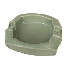 Vintage-National-Porcelain-Co-Guardsman-Safety-Ashtray-Green-Mid-Century