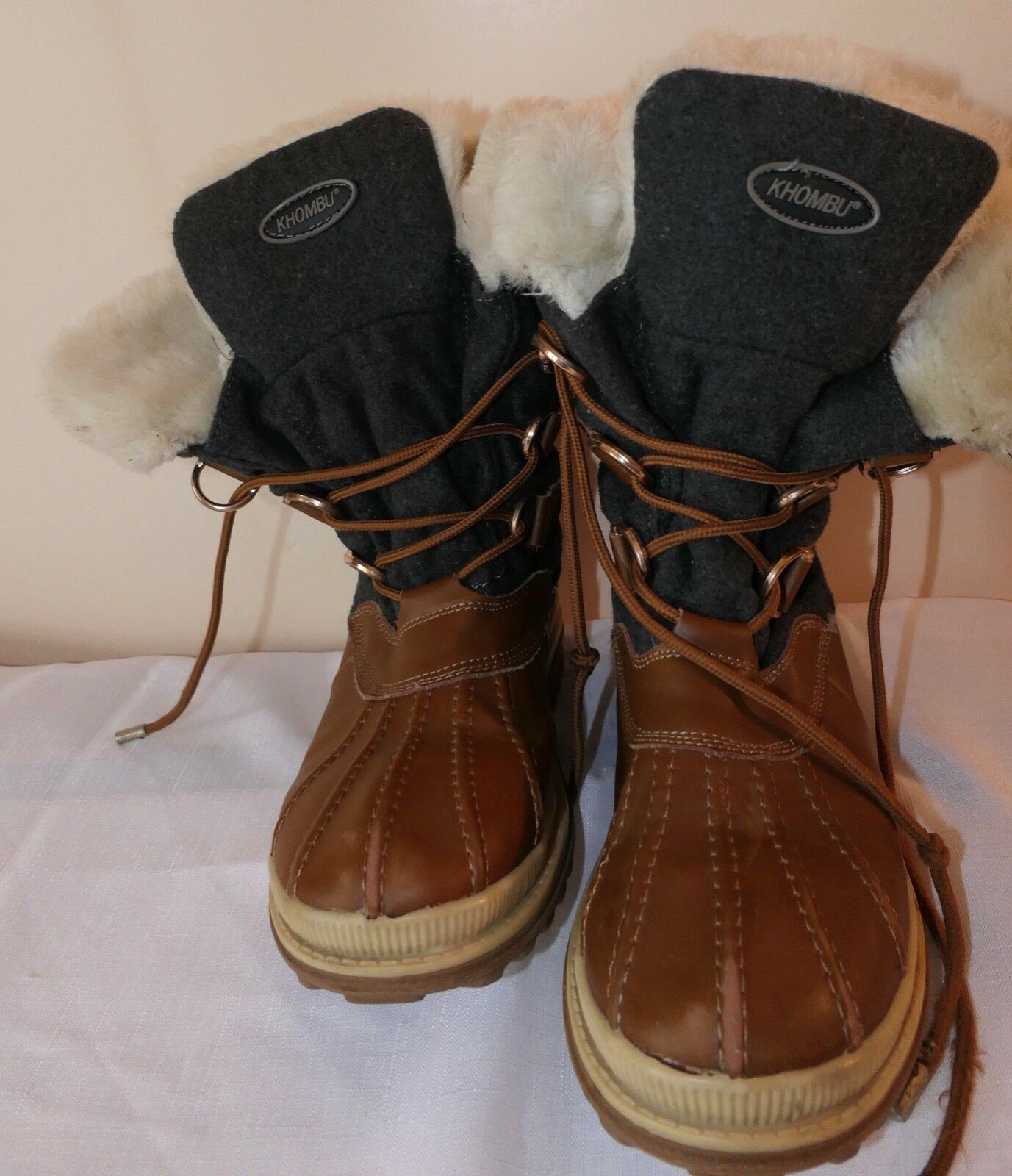 KOHMBU PARK CITY WINTER BOOTS FUR LINED WOMANS US SIZE 9 M