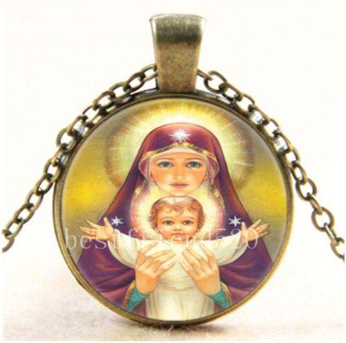 Vintage Madonna et Bébé Jésus Cabochon Verre Bronze Collier Pendentif