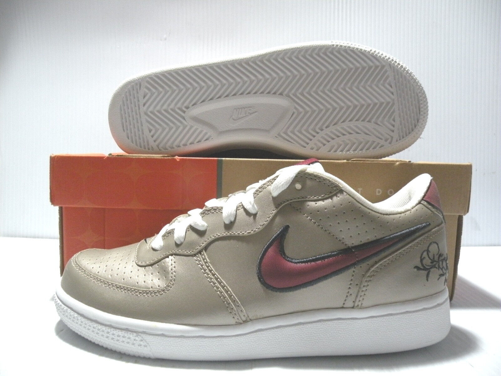 NIKE AIR ZOOM INFILTRATOR LOW SNEAKERS WOMEN SHOES 311891-061 SIZE 9 NEW