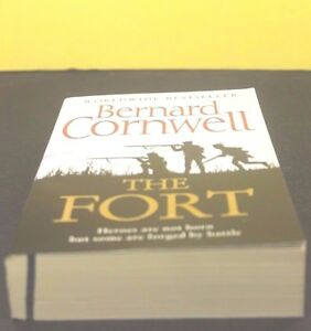 BLOWOUT-SALE-THE-FORT-by-Bernard-Cornwell-Paperback