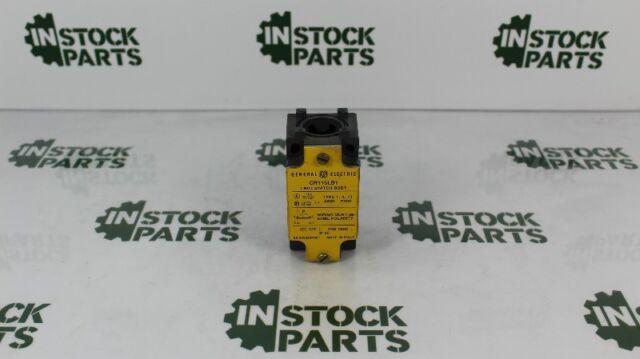BUSSMANN CBF-15 Automotive Circuit Breaker,CBF,15A,32VDC