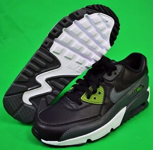 NIKE AIR MAX 90 ULTRA ESSENTIAL SHOES / SNEAKERS BOY's Size 6 New