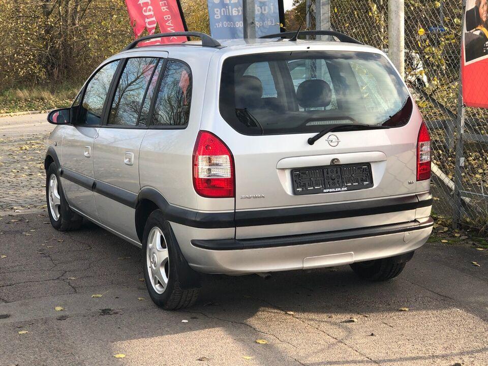 Opel Zafira 1,8 16V Comfort 7prs Benzin modelår 2004 km