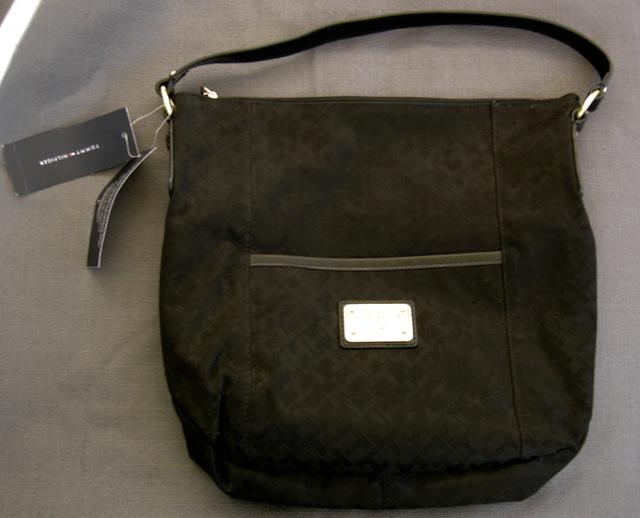98005155 Tommy Hilfiger Purse Black Tote Hobo TH Logo Jacquard Large Bag Pockets