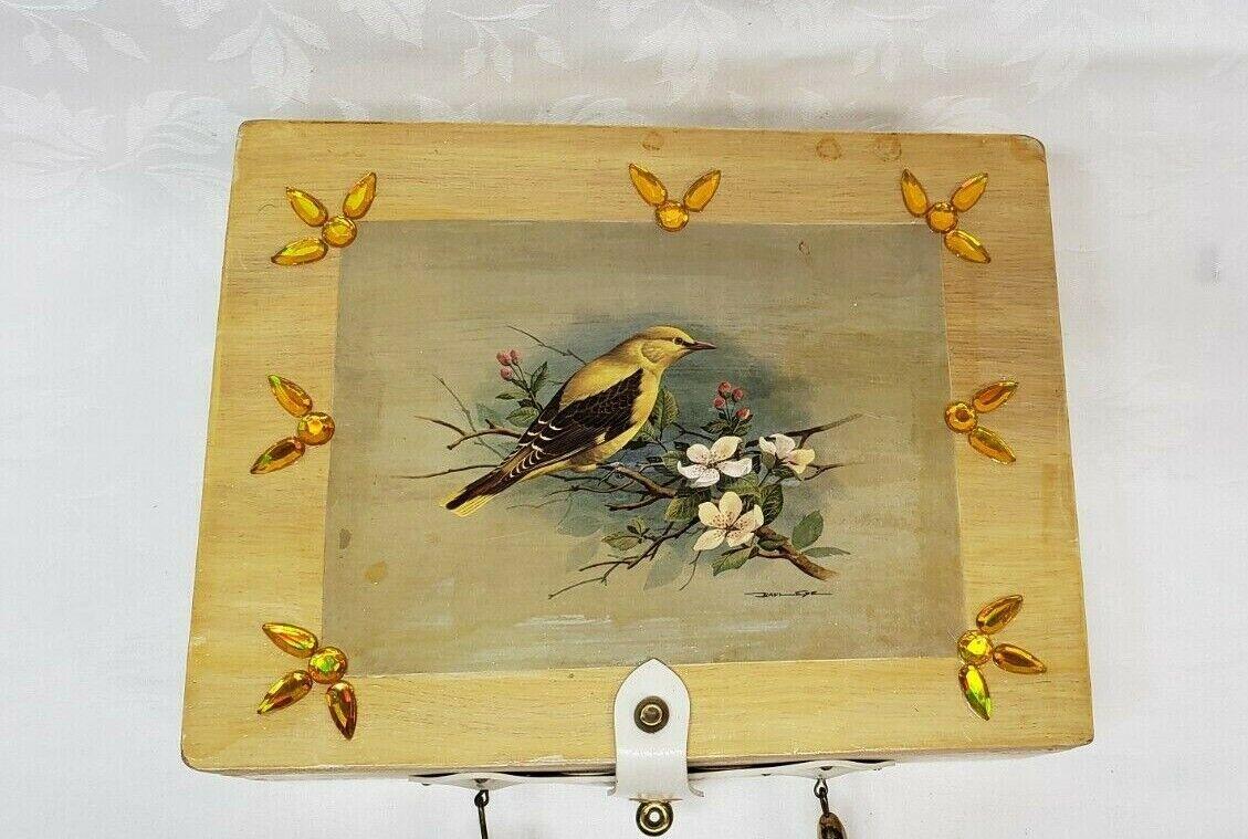 Vintage wood box purse top handle bag 60's Bird … - image 2