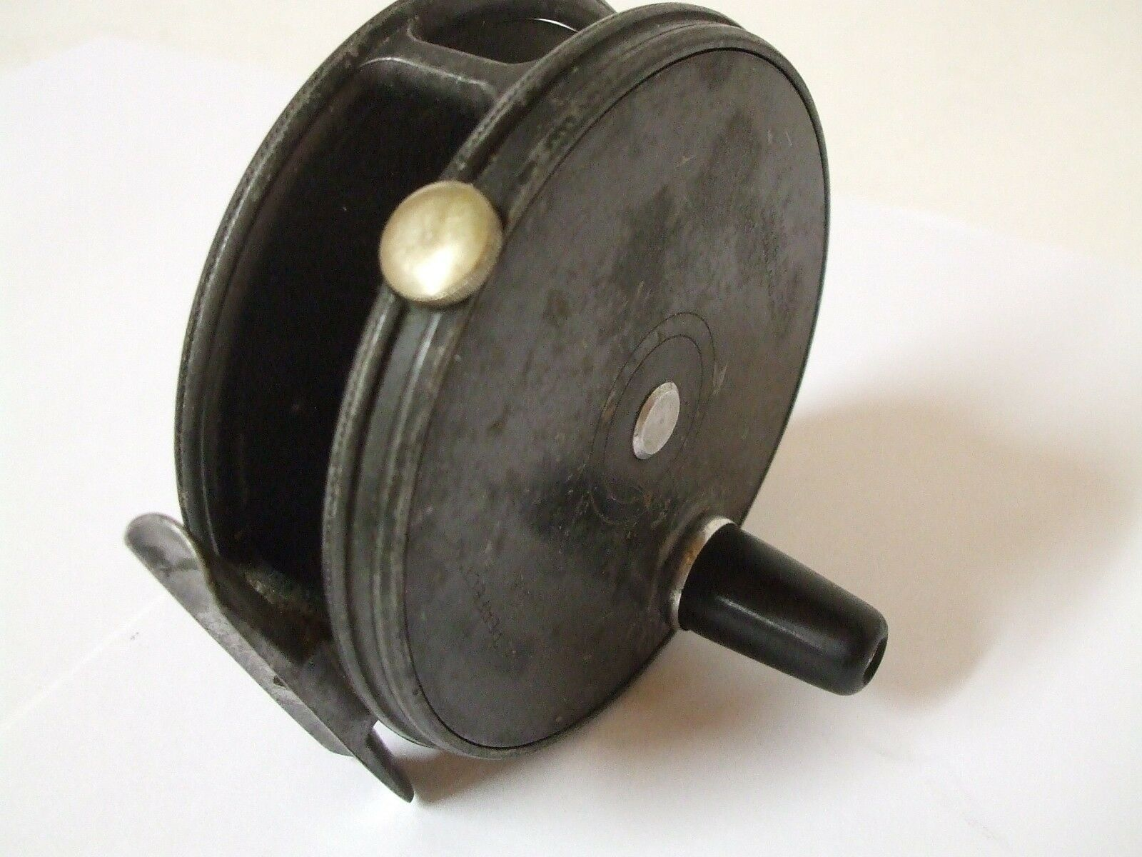 Vintage HARDY BROS  'The Perfect 3+5 8 fly reel.