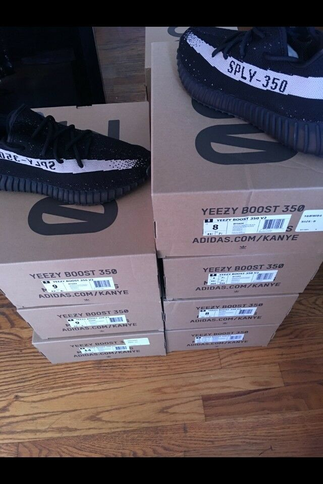 Adidas Yeezy Boost 350 V2 BY1604 Black White Ultra boost Nmd Kanye West size 9