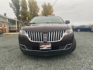 2011 Lincoln MKX brown and black leader