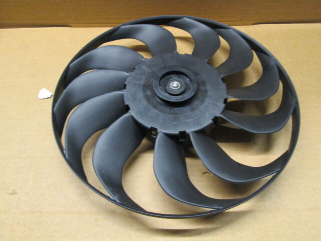 NEW GENUINE VW GOLF MK3 RADIATOR COOLING FAN 1H0119113 NEW GENUINE PART