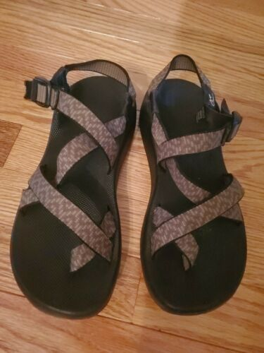 CHACO Women's Size 8 Strappy Sandals - image 1