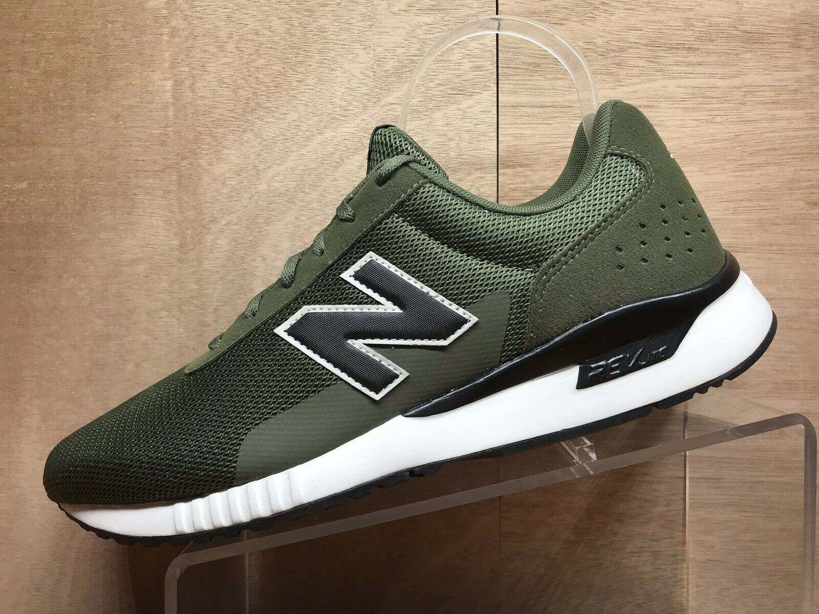 New Balance Men's 5v2 Sneaker Dark Cogreen Green 8.5 XW US