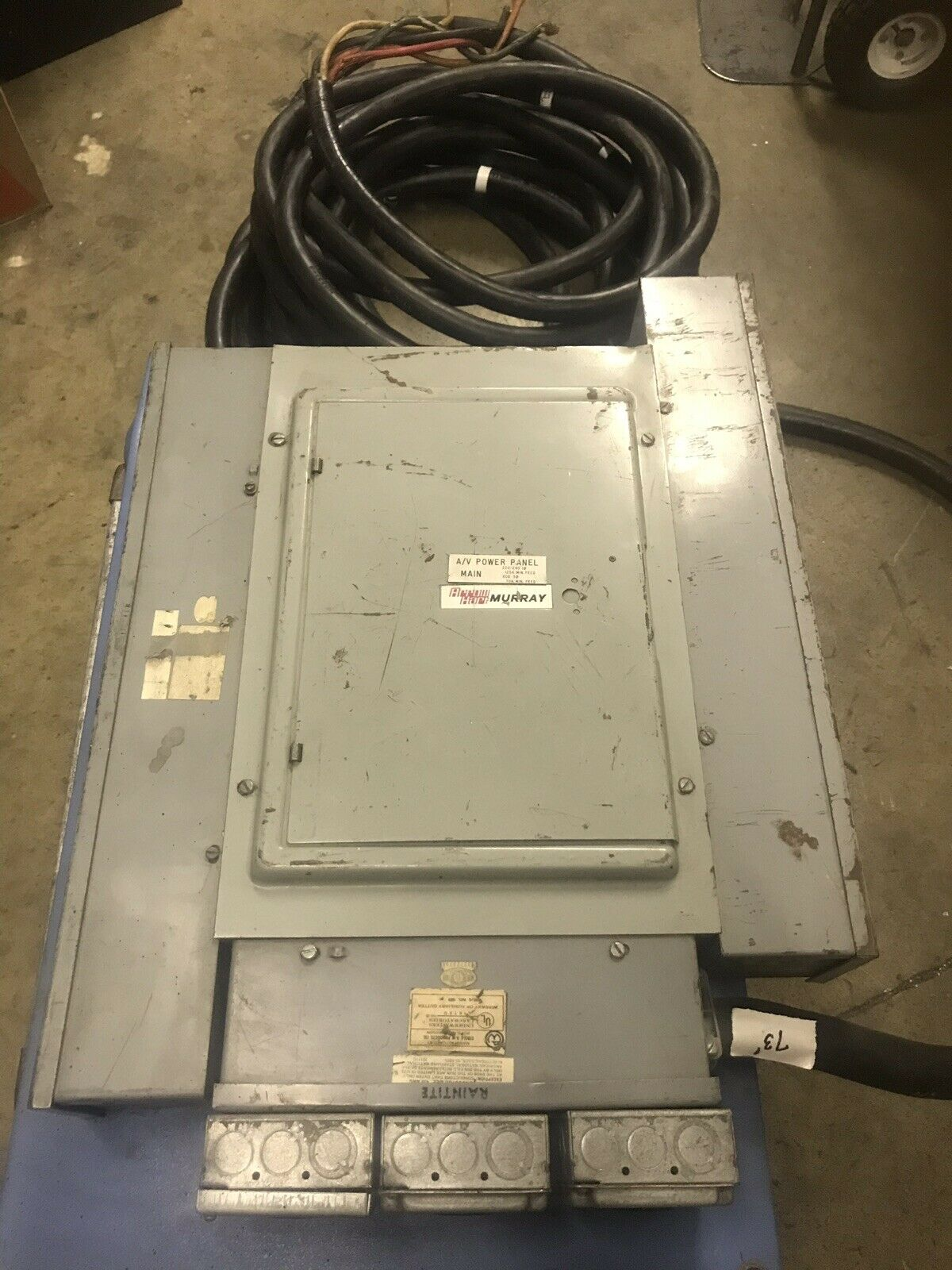 Einzelphase 220 3 Phase 208 Power Distro.18- 30A Circuits.3-250v 20A Twist