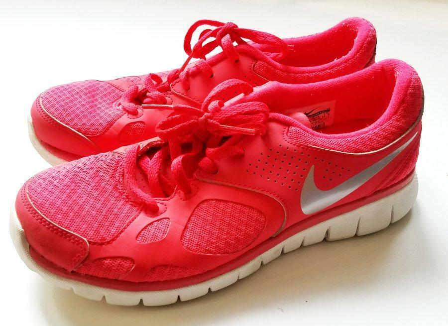 ff8a08441a83e  NIKE  Running Shoes Pink Womens 7.5 Flex Pink Coral Coral Coral Gray  Silver Run