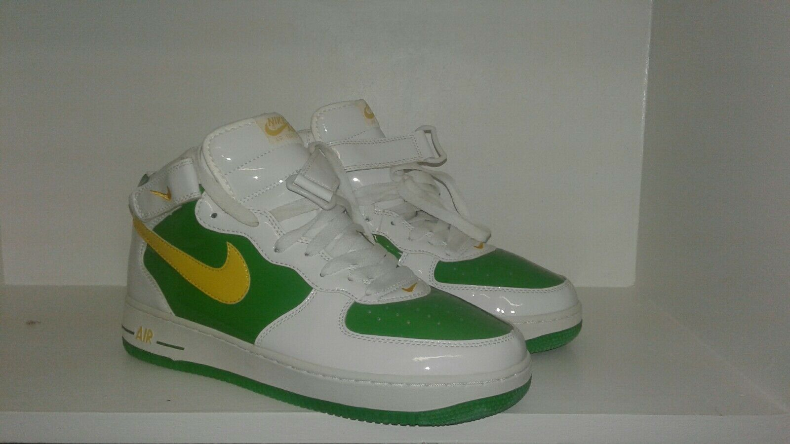 Nike Air Force One Green Yellow White mid sz 11.5