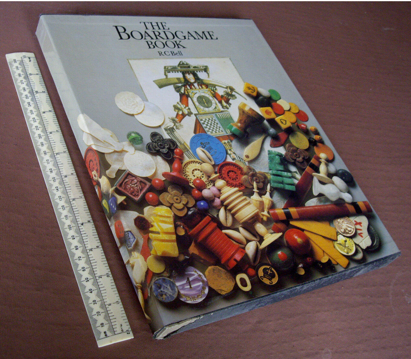 The Boardgame Book by R.C.Bell. 1979 1st Ed in Slip Case + Boards & Pieces