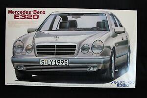 Fujimi-Mercedes-Benz-E-Class-E320-1-24-JS