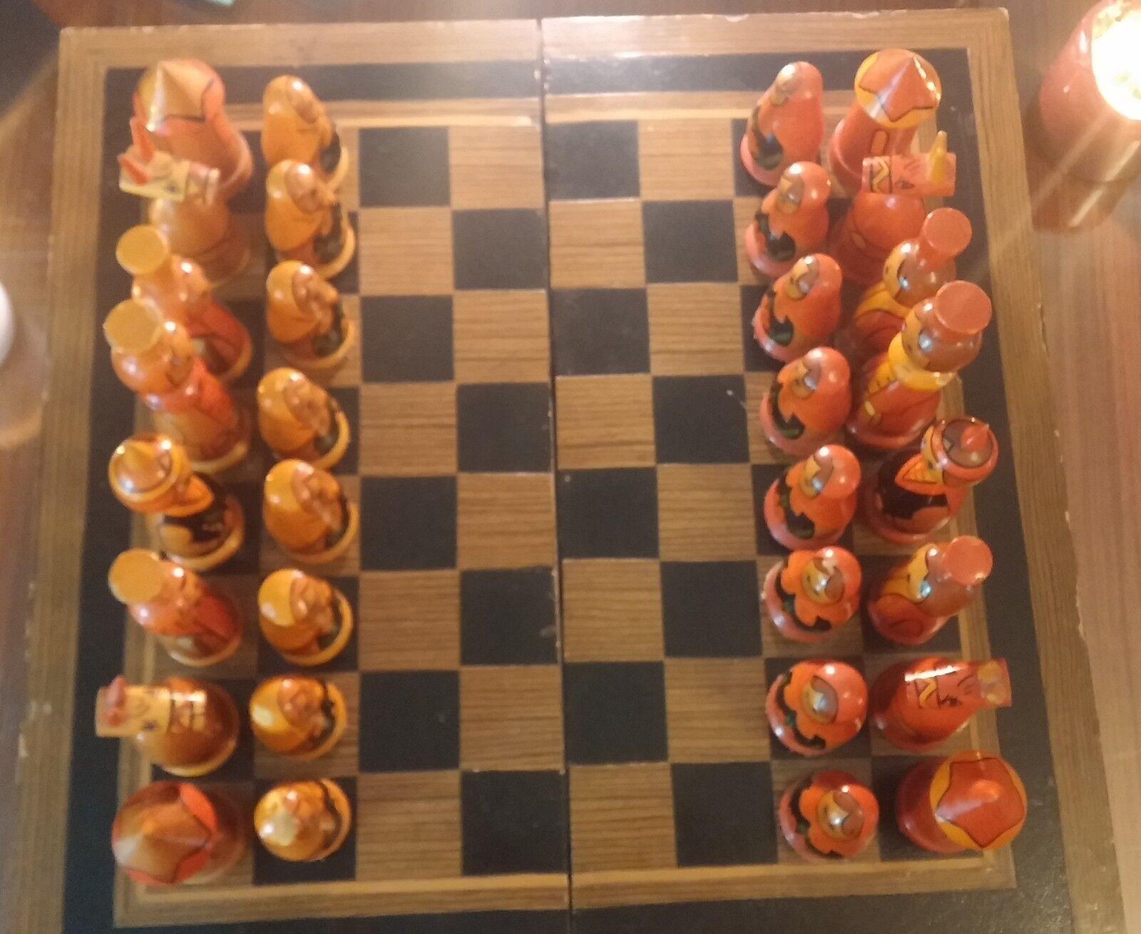 Magnifique jeu d'échecs artisanal russe en bois peint peint peint à la main - Matriochkas 4059ee