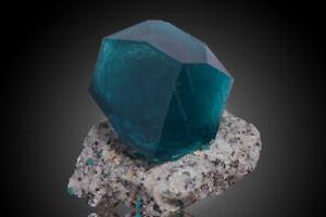 Nickelboussingaultite-green-like-dioptase-crystal-on-matrix-from-Poland-specimen