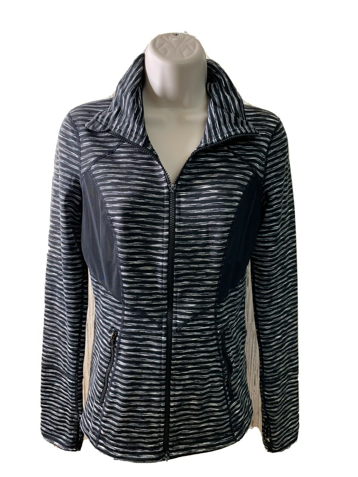 Zella Striped Mesh Black Pull-over 1/4 Zip Long Sleeve Athletic Top Size Small