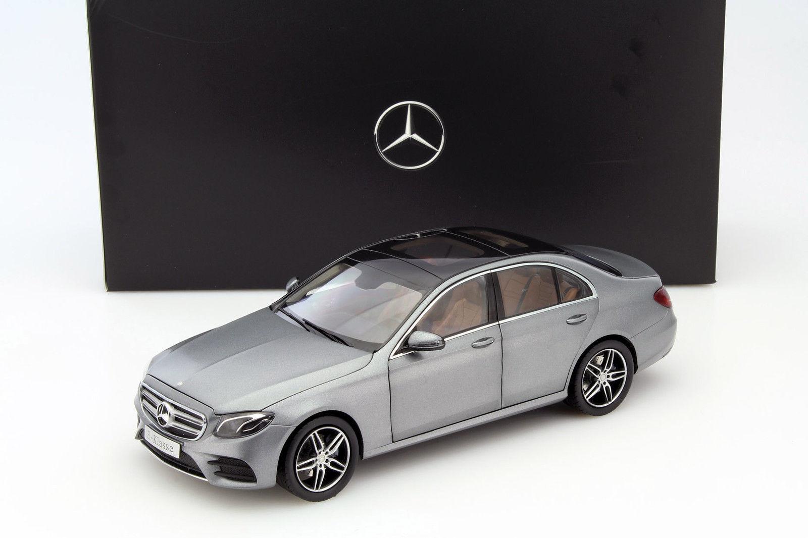I -skala Mercedes -Benz E -klass (W213) AMG SELENITE GRE DEALER 1 18 Ny