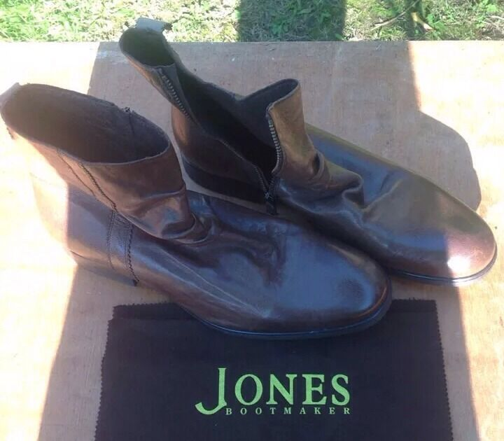 Leather Ankle Boots with Zip Fastening. Men's Size