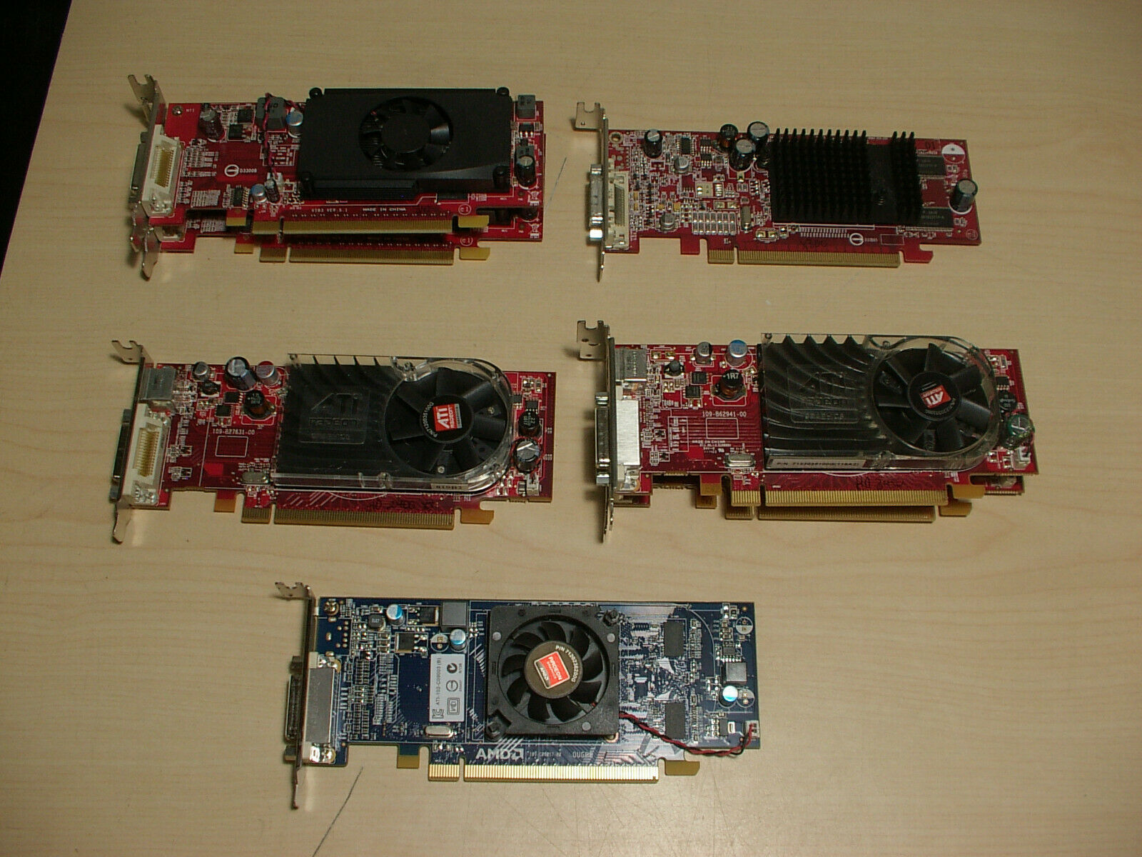 lot of 7 video cards Nvidia 310 AMD X300 2400 3450 6350 all DMS-59