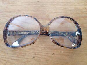 acf8a5ef1a Image is loading Vintage-60s-Italian-Mod-Swirl-Big-Butterfly-Eyeglasses-