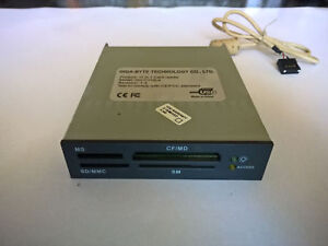 Card-Reader-11-in-1-Gigabyte-GO-C112LA-USB-Interno-3-5-Slot-MS-SD-MMC-CF-MD-SM