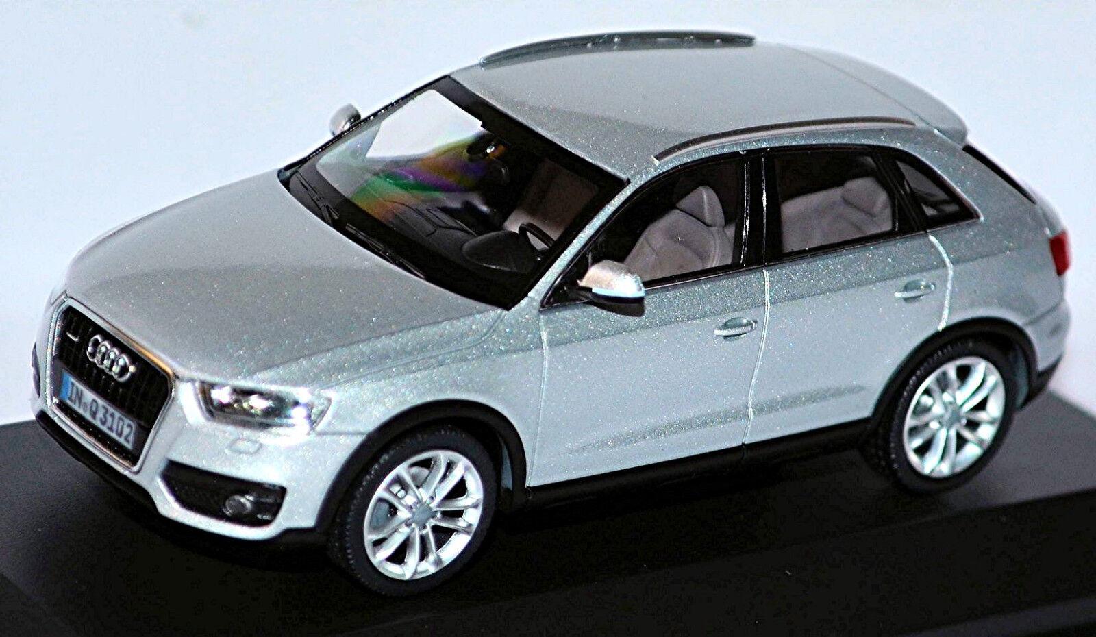 Audi Q3  Type  8u Tous-Terrains 2011-14 Glace Argent Métallique 1 43 Schuco  plus vendu