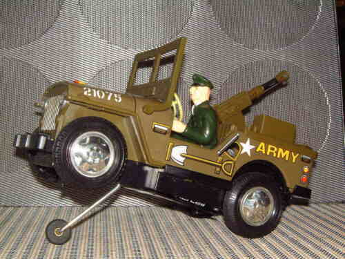 DAISHIN FRONT-LINE ARMY JEEP BATTERY OPERATED 100% FULLY FUNCTIONAL W/BOX!! Alle Artikel in Elektrisches Spielzeug