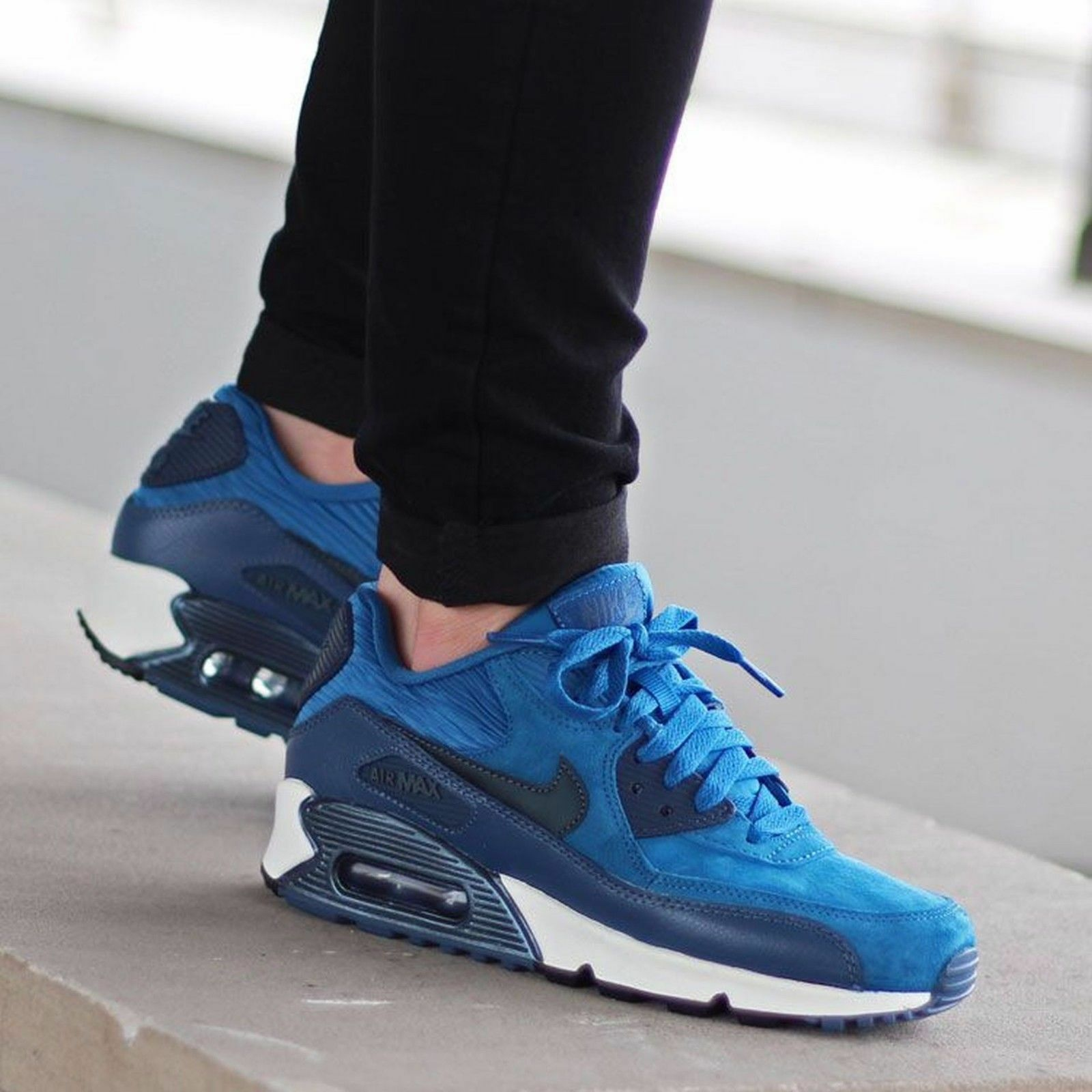 Women's Nike Air Max 90 Sneakers New, Armory Navy Blue 768887-401 sku AA