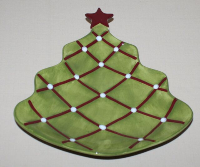 pottery barn seasons greetings plate figural christmas tree red star tiny chip