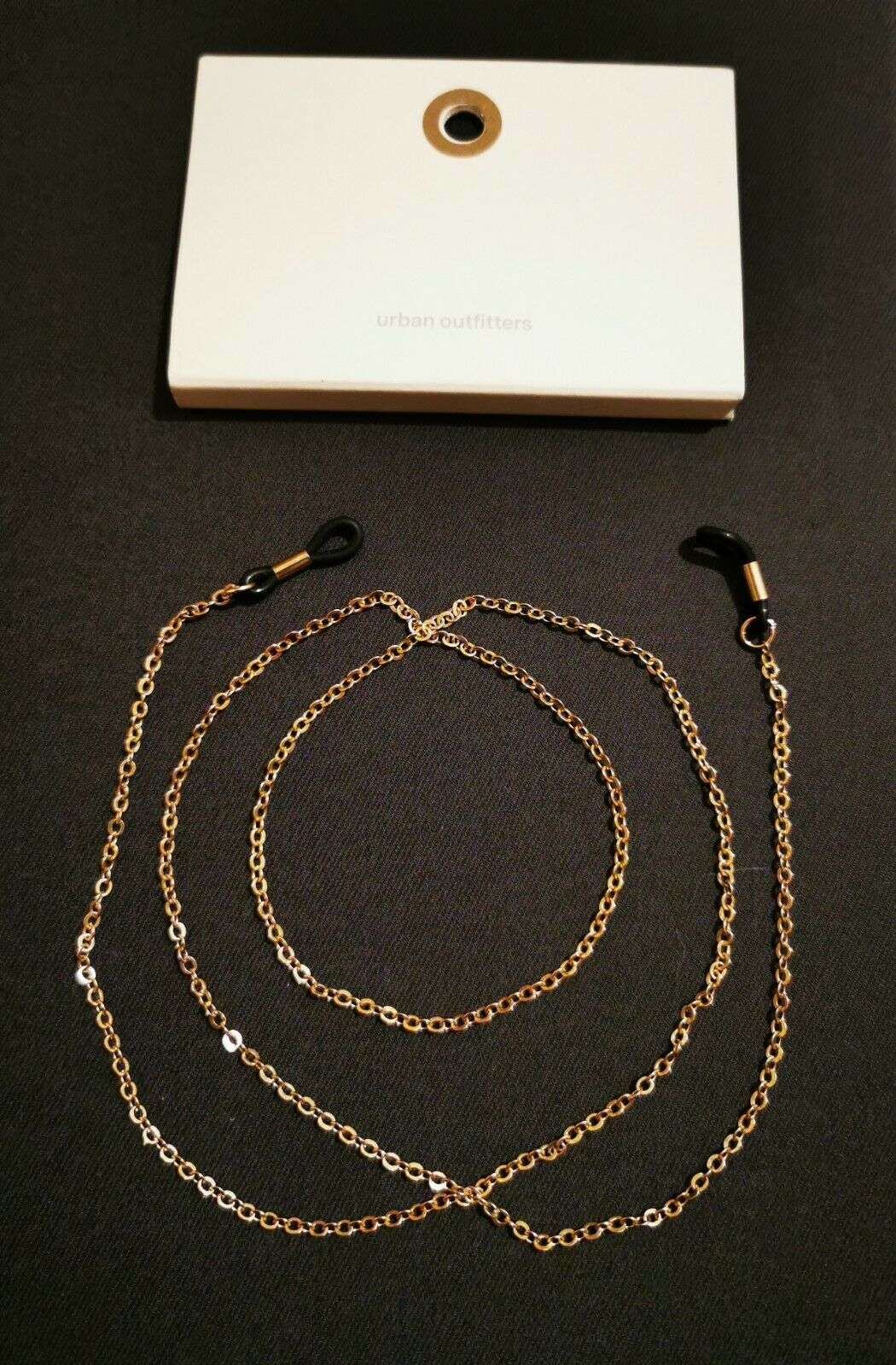 (#70) Urban Outfitters gold coloured eyeglasses chain strap. RRP
