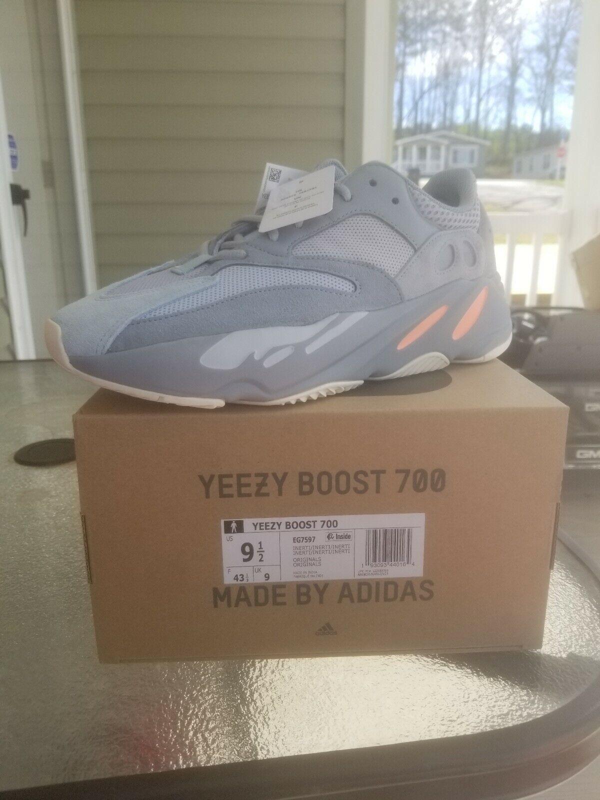 Yeezy Boost 700 Inertia Size 9.5
